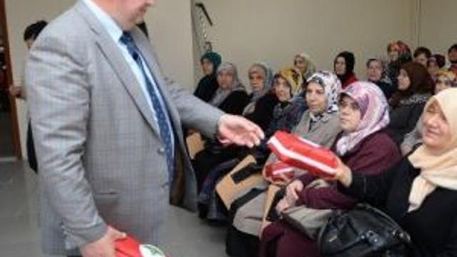 Osmangazi'den Kadınlara İlk Yardım Çantası