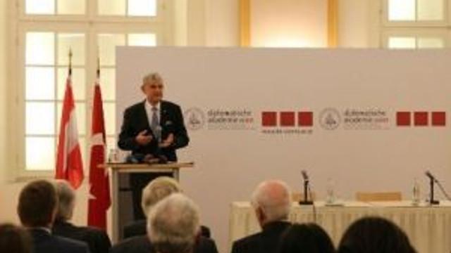 AB Bakanı Bozkır'dan Avusturya'da kritik açıklamalar !