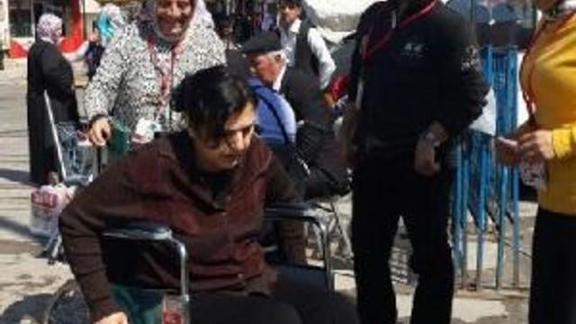 Bir Dakika Engelli Olmak Zorladı