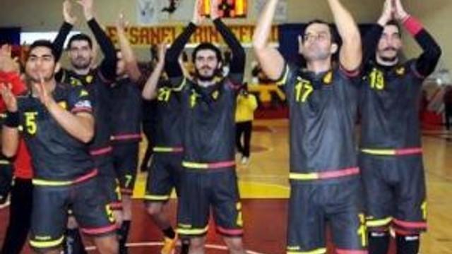 Göztepe, Beşiktaş'ı Taraftar Desteğiyle Yıkmak İstiyor