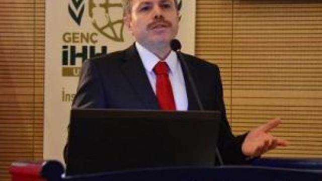 Uşak Üniversitesi'nde 28 Şubat Konferansı