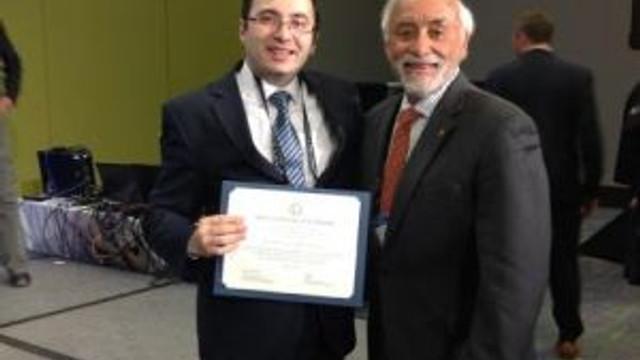 İlçe Devlet Hastanesinde Görev Yapan Kardiyologa Abd'den 2 Ödül