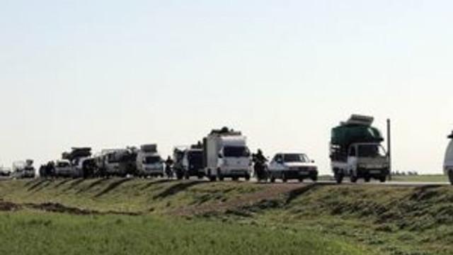 IŞİD ilerliyor, Suriyeliler Türkiye'ye kaçıyor