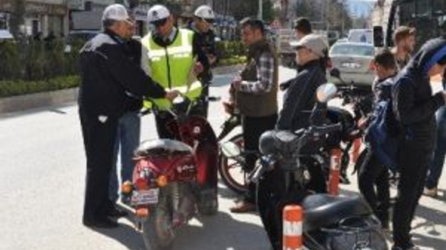 Bozüyük'te Motosiklet Denetimleri Arttırıldı