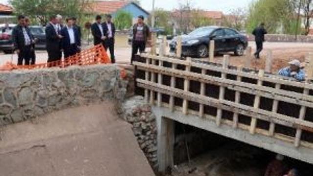 Aksaray'da Bedir Muhtar Köprüsü 10 Gün İçinde İnşa Edildi