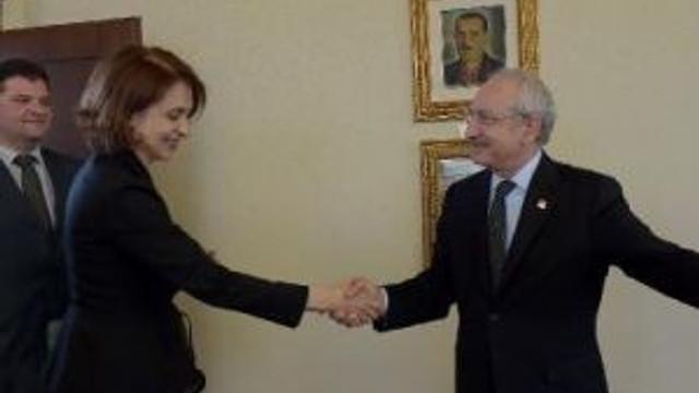 Kılıçdaroğlu, Bulgaristan'ın Ankara Büyükelçisi Nadezhda Nikolova Neynsky İle Görüştü