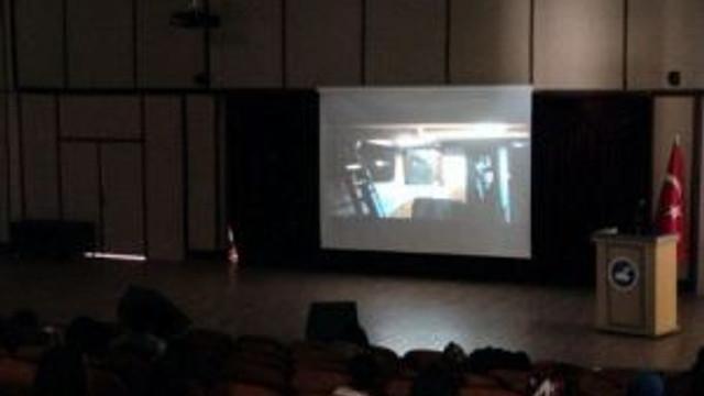 Yyü'de Film Gösterimi