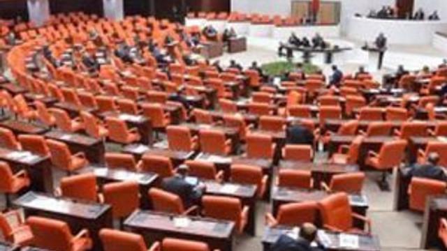 AK Parti'de Karaman ilgisizliği...