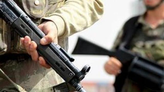 Türkiye sınırında 8 IŞİD militanı yakalandı !
