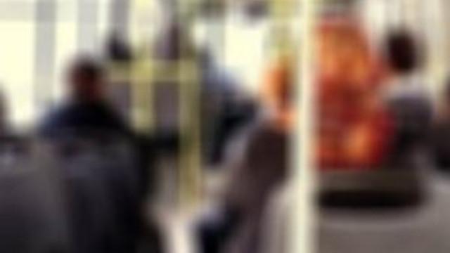 Özel halk otobüsünde mastürbasyona 10 ay hapis
