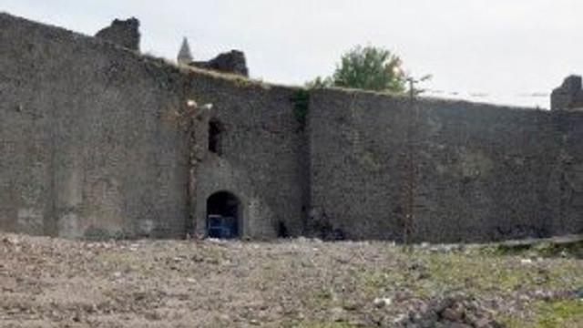Diyarbakır Sur'da yeni tehlike