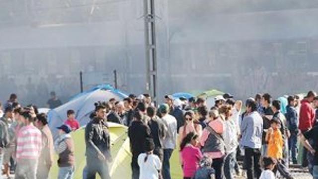 Sığınmacılarla kaçakcılar kavga etti: 12 ölü