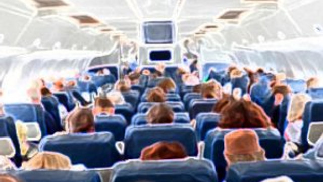 Yolcu uçağına FETÖ baskını