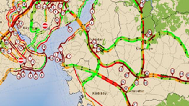 İstanbul'da trafik felç oldu !