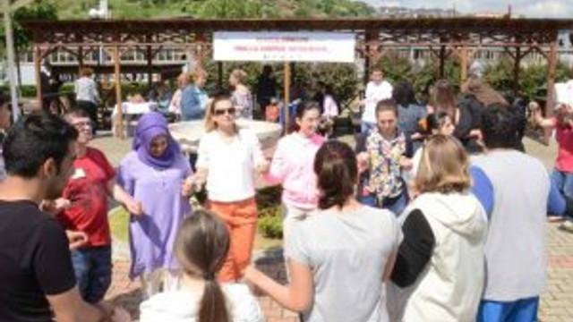 EÇADEM'de anneler günü heyecanı