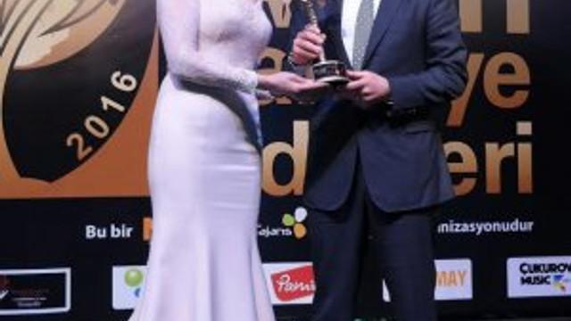 Murat Hazinedar'a ''Yılın İlçe Belediye Başkanı'' ödülü