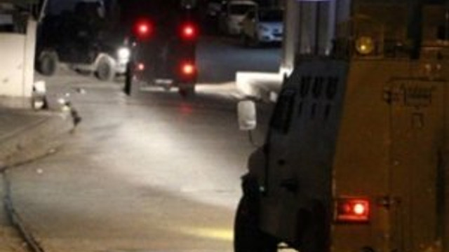Polis aracına bombalı saldırı !