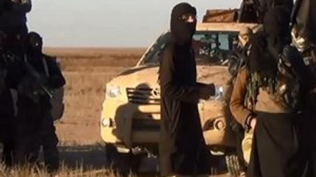IŞİD onlarca militanını diri diri gömdü
