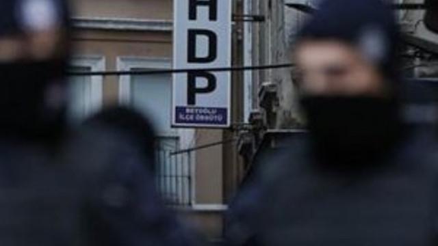 Şırnak'ta HDP'li eş başkan tutuklandı !