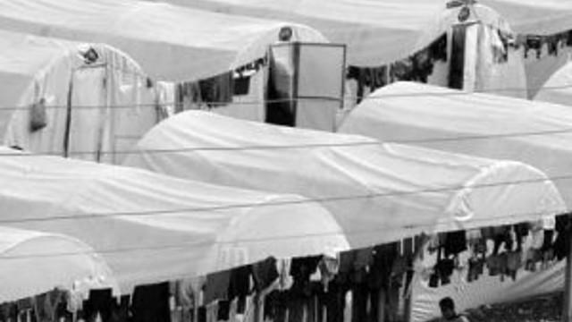 Mülteci kampında onlarca erkek çocuğa tecavüz !