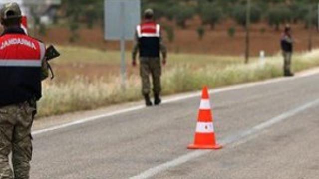 Bombalı araç yakalandı, 2 terörist öldürüldü !