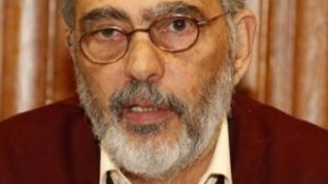 Fahri danışmandan Davutoğlu analizi