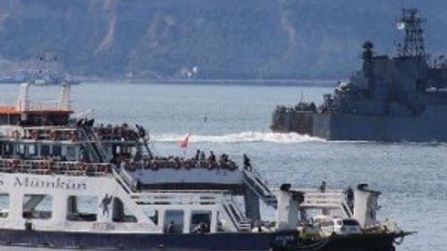 Rus gemisi Çanakkale Boğazı'nda