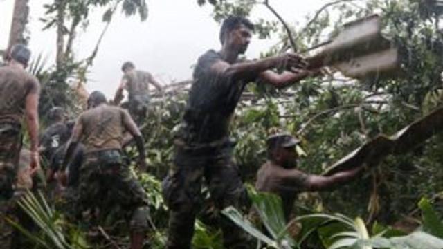 Sri Lanka'da toprak kayması 150 kişiyi öldürdü !