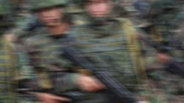 Rus askerleri taşıyan otobüs kaza yaptı: 6 ölü