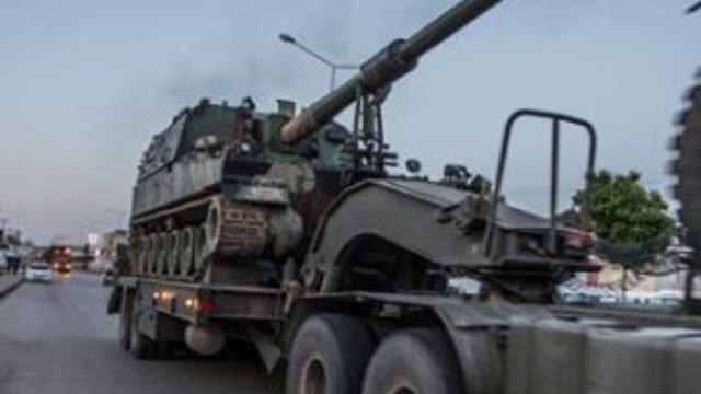 Suriye sınırına Fırtına obüsleri sevkedildi