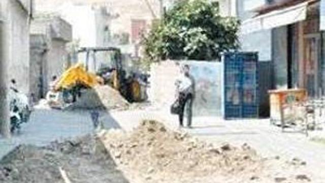 Binali Yıldırım açıkladı: HDP'li belediyelere kayyum geliyor