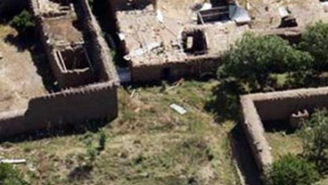 Taliban'a karşı evlerin çatıları kaldırıldı