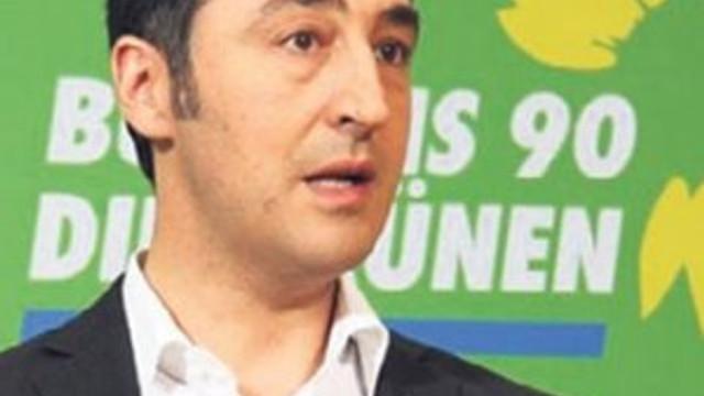 Cem Özdemir'e büyük şok !