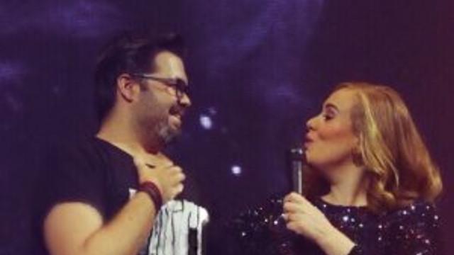 Adele hayranının Türk olduğunu öğrenince...