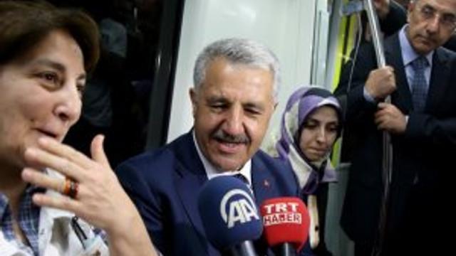 Bakan Arslan Marmaray'a bindi