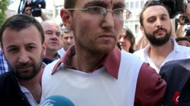 Atalay Filiz'i terleten soru ! Tikleri ortaya çıktı