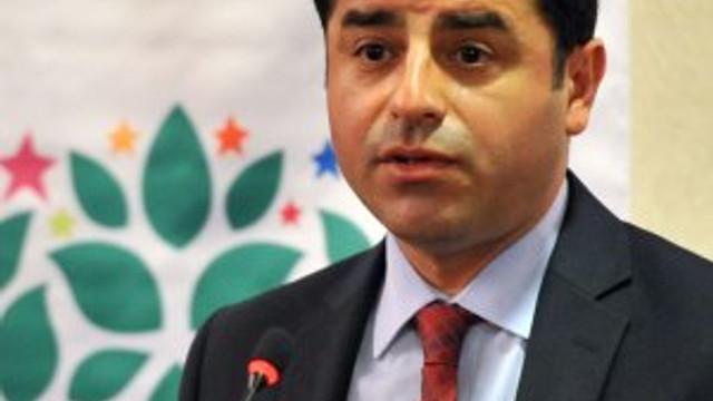 Demirtaş: ''MİT'in silahları PYD'ye satılıyor''