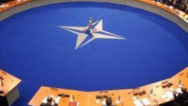 NATO'dan IŞİD hamlesi ! Sahaya iniyor