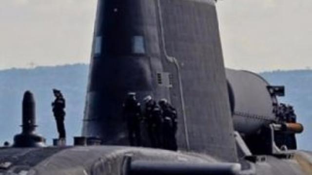 İngiltere Cebelitarık'a denizaltı yerleştirdi !