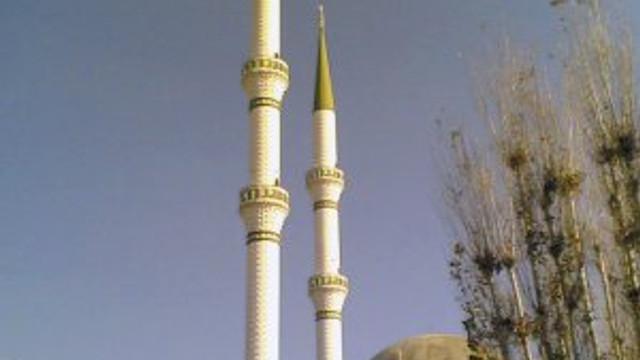 Cami minaresinde ölü bulundu !
