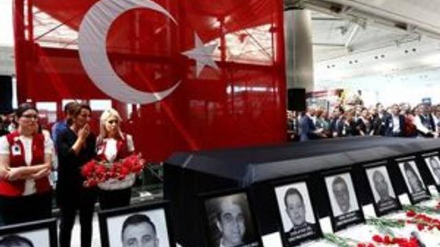 Atatürk Havalimanı'nda gözyaşları sel oldu !