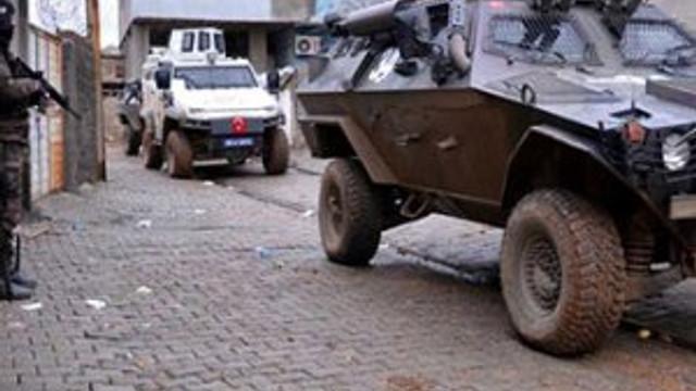 Bayram sabahı PKK'ya darbe: 2'si kadın 5 terörist öldürüldü