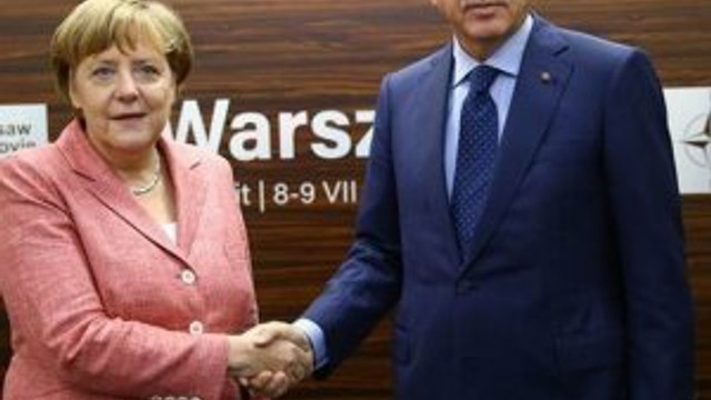 NATO zirvesinde kritik görüşme !