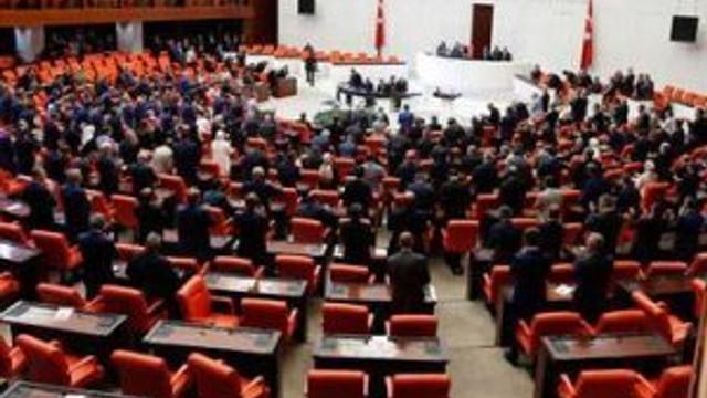 Meclis'te 'darbe' komisyonu kuruluyor