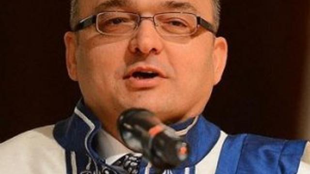 Gazi Üniversitesi Rektörü gözaltına alındı !