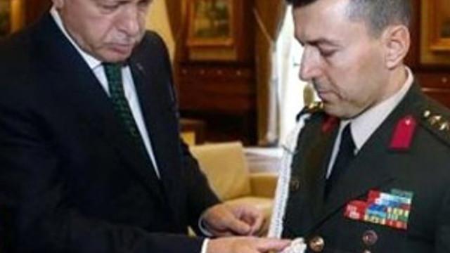 Erdoğan'ın darbeci başyaveri itiraf etti !