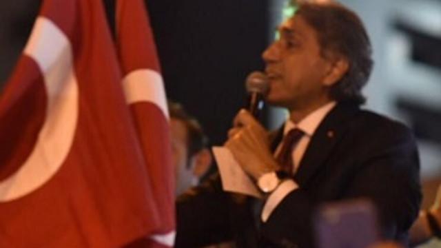 Mustafa Demir halkla birlikte darbeye karşı sokaklarda !