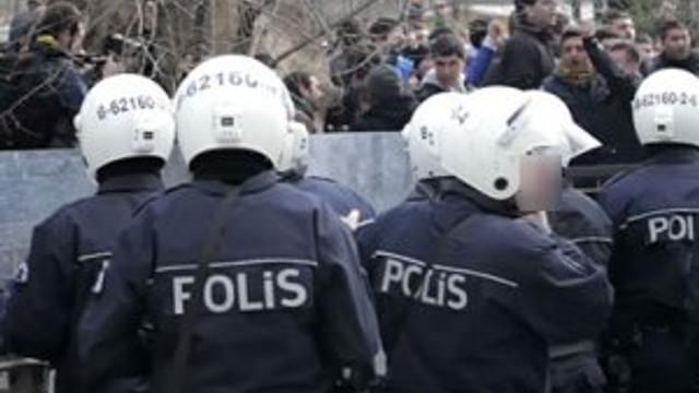 FETÖ'ye operasyon: 28 polis tutuklandı