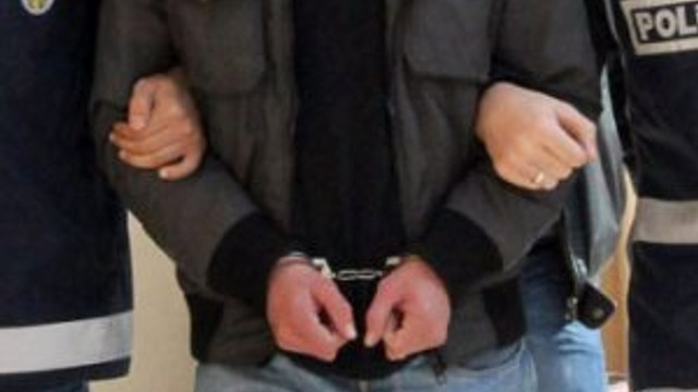 Aranan Binbaşı gözaltına alındı