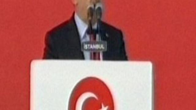 """Başbakan Yıldırım: """"Bizi öldürmeyen her darbe..."""""""